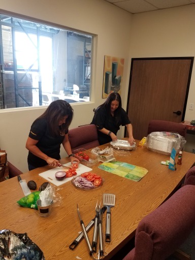 Rachel & Ro Food Prep 2